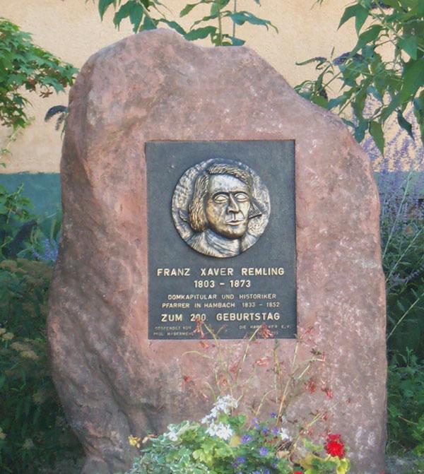 Gedenkstein mit eingelassener Bronzetafel, zum 200. Geburtstag von Franz Xaver Remling.